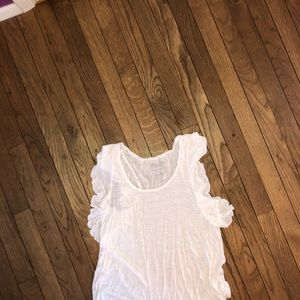 American eagles white top with ruffled sleeves